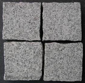 Do budowy nawierzchni twardych możecie użyć np. kostki granitowej